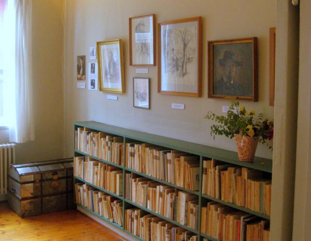 Lille udsnit af Johs. Jørgensens bogsamling