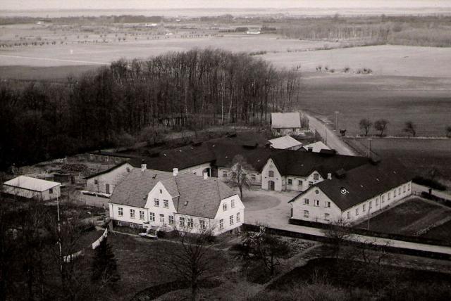 Den nye Holevgård efter branden i 1912