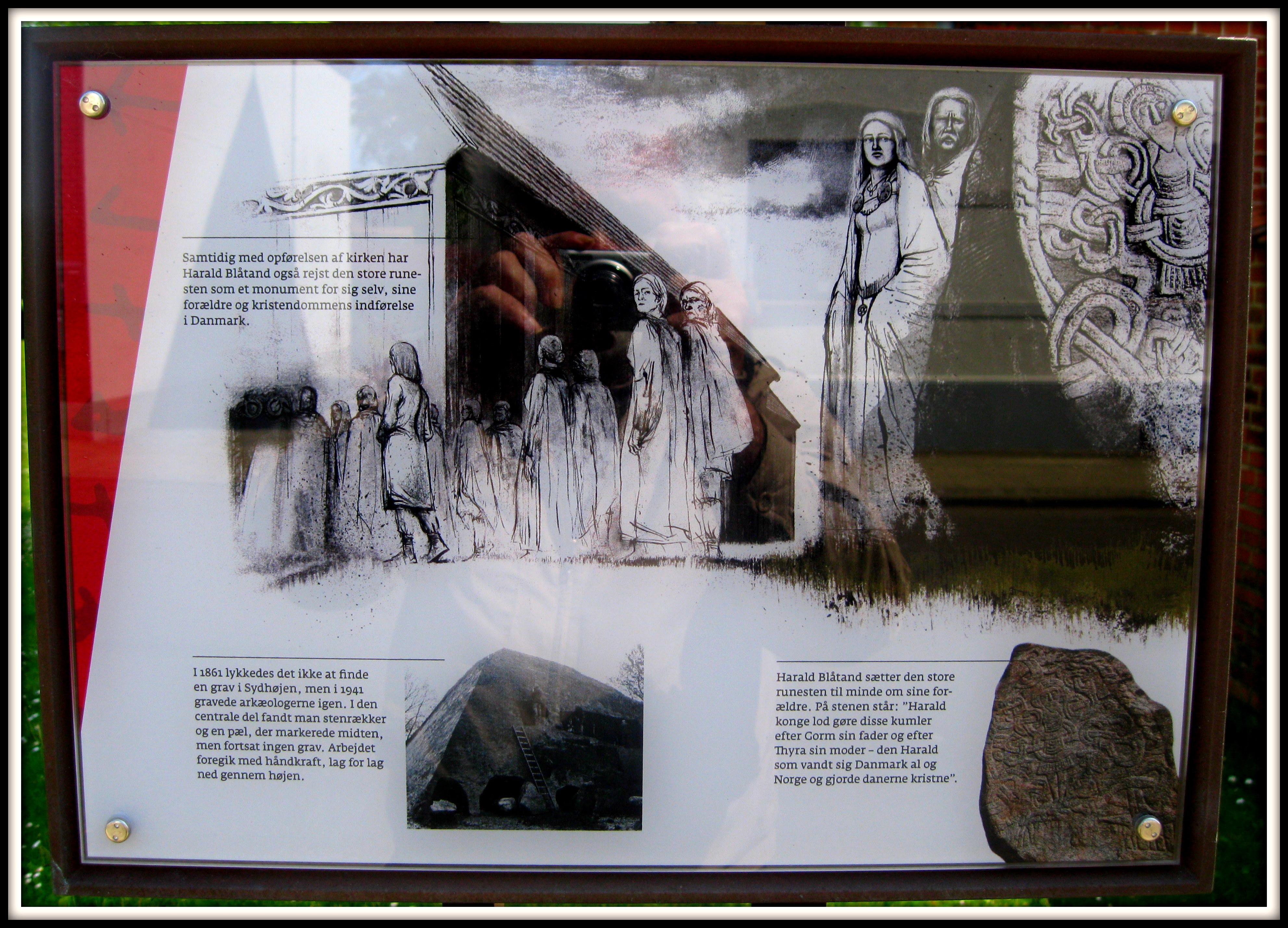 Informations tavle om Jelling højene - islændingen Isfron har en anden version i 1797