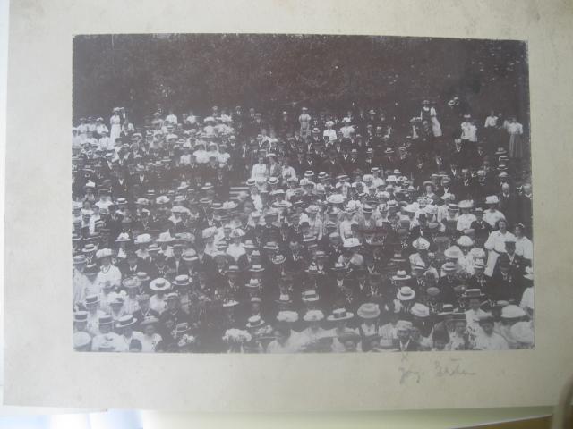 Sønderjyder på besøg på Ollerup Højskole 1909