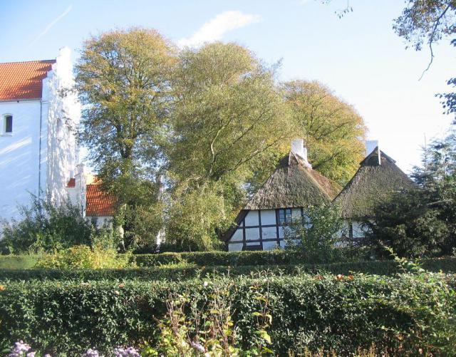 Kirke og Stencero - Ollerup by