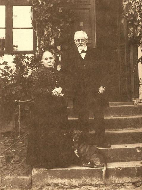 Forfatter til sognehistorie, pastor L. Bøttiger og frue