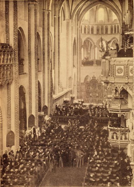 Kong Christian IX's bisættelse i Roskilde Domkirke 18.2. 1906