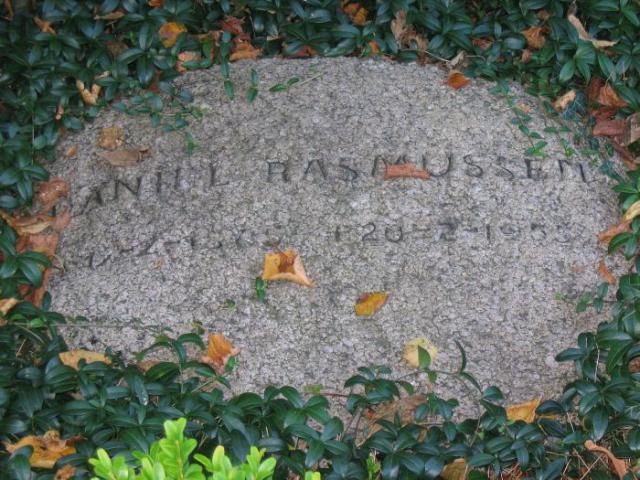 Bygmester Daniel Rasmussen Ollerup kirkegård