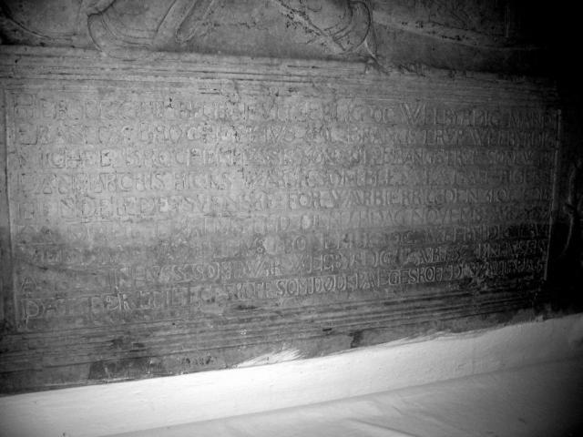 Frands Brockenhuus (+1569) indskrift på gravsten