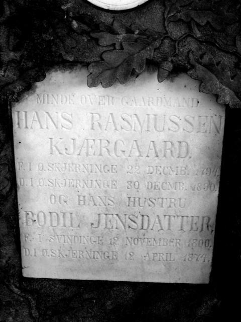 Gårdejer Hans Rasmussen Kjærgaard Øster Skerninge kirkegård
