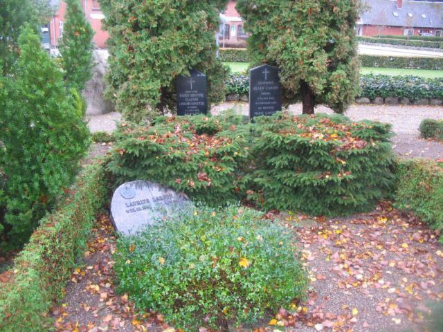 Rødmegårds familegravsted på Stenstrup kirkegård