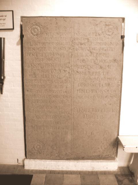Gravsten o. forpagter Jens Madsen Warde (+1699) - Kværndrup kirke