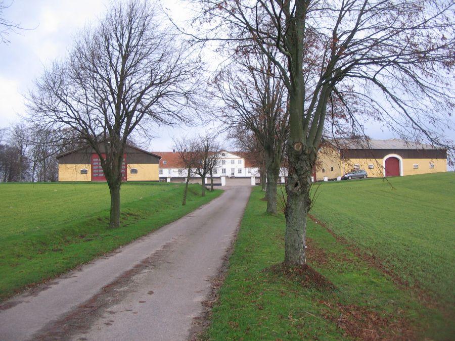 Heldagergård i Tved sogn