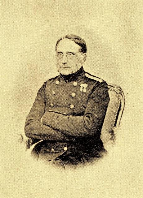 Kaptajn Magnus Suenson