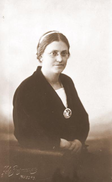 Lærerinde Jutta Nielsen (1890-1951)