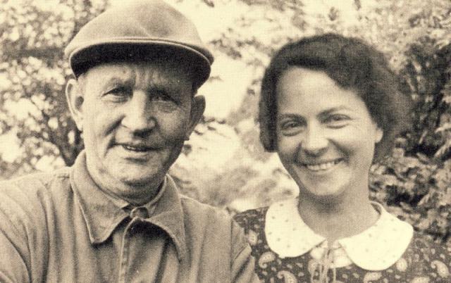 Billedskærer Emil Hansen og hustru Marie Hansen, Ryslinge