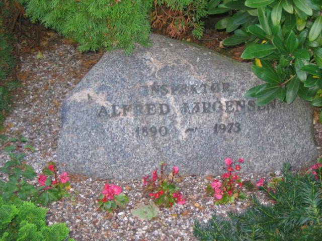 Inspektør Alfred Jørgensen - Ollerup kirkegård