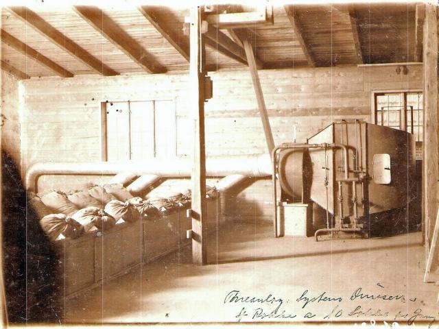 H.P. Dinesens korntørrings anlæg hos broderen på Mosegård i Slæbæk
