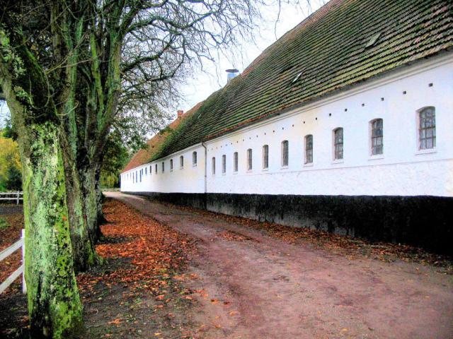 Avlsgårdens nordlige længe - Løjtved