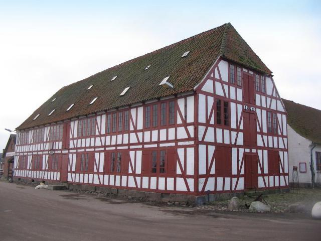 Hofjægermester Sehested's berømte pakhus i Lundeborg