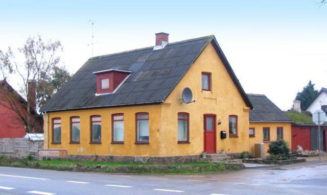 Lunde gl. Forsamlingshus i Højslunde (opr. 1908)