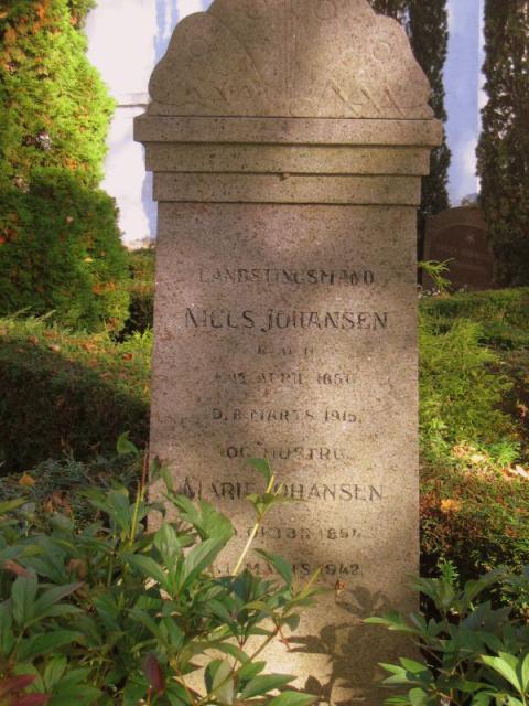 Landstingsmand Niels Johansen Ollerup kirkegård