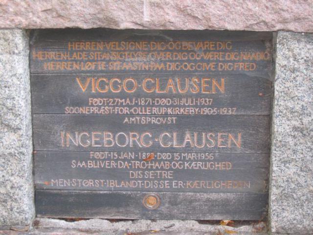 Pastor Viggo Clausen og hustru Ingeborg Clausen Ollerup kirkegård