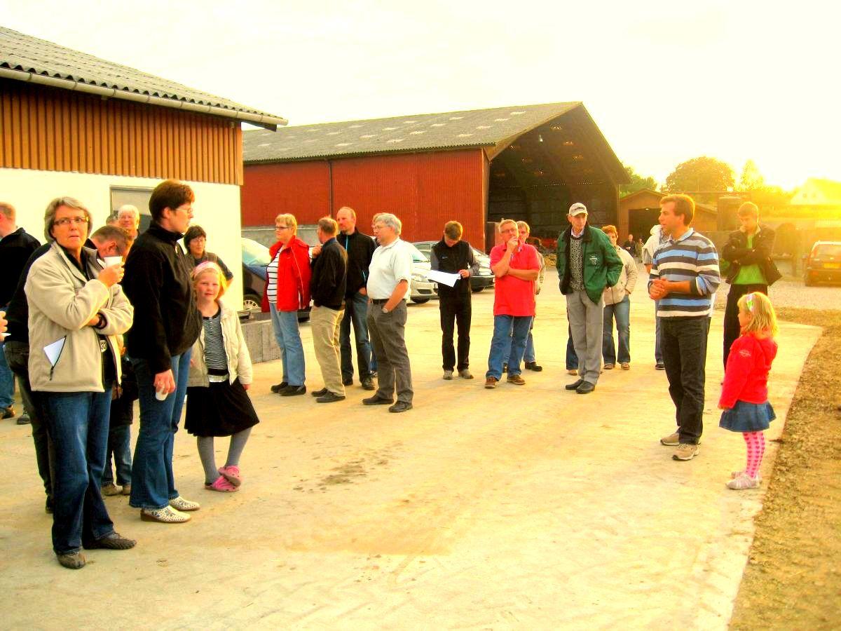 Dongsgaard juni 2008 - Spørgerunde til Halmø
