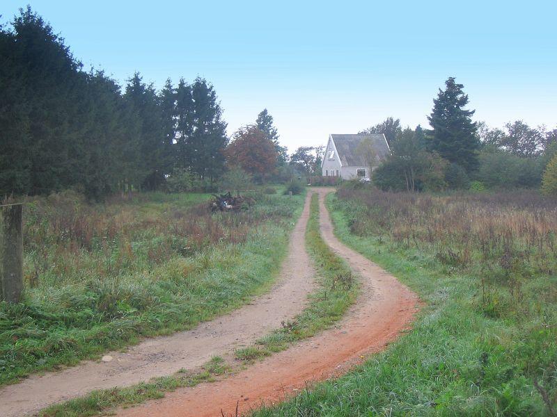 Tinghuset eller Tingbyggerhuset nord for Kirkeby