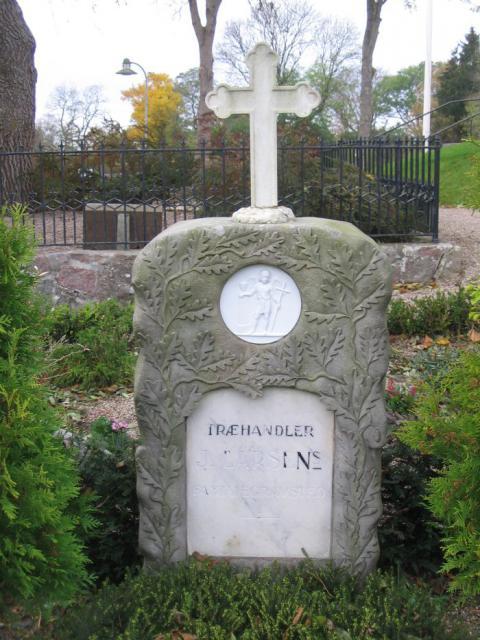 Træhandler Jørgen Larsen - Vester Skerninge kirkegård